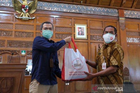 Presiden kirim 20.000 paket sembako ke Solo