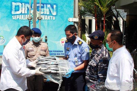 Pelabuhan Perikanan Nusantara Prigi sumbang ikan 1 ton untuk Kediri