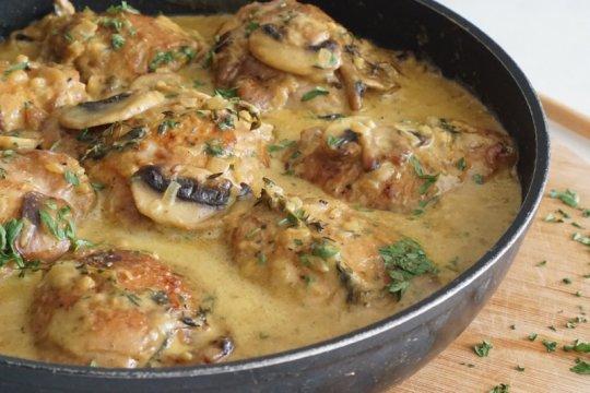 Menu Lebaran - Ayam krim kari jamur dari chef Putri Miranti