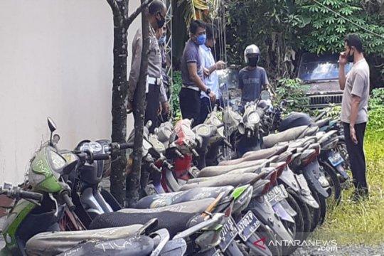Polresta Banjarmasin kubur barang bukti ratusan motor tak bertuan