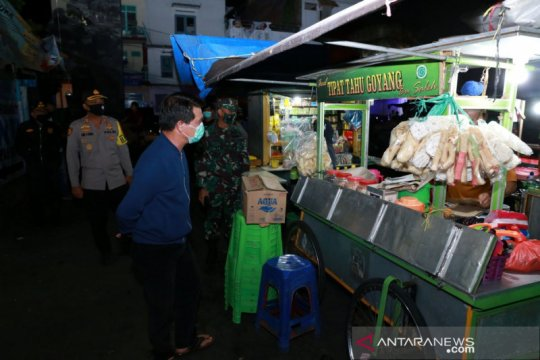 Cegah COVID-19, Bupati Klungkung-Bali pimpin patroli gabungan