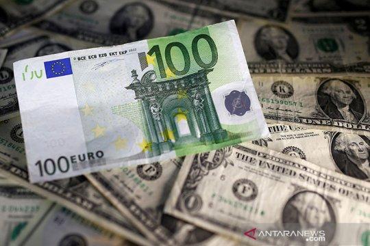 Dolar AS jatuh, tertekan kenaikan sentimen risiko dan penguatan euro