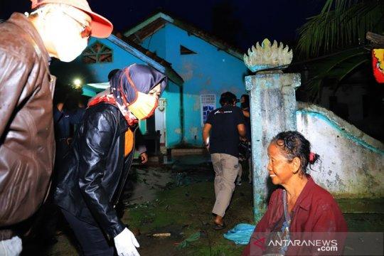 Bupati Tulangbawang tinjau lokasi bencana puting beliung