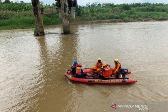 Petugas temukan korban tenggelam di Sungai Cijolang Ciamis