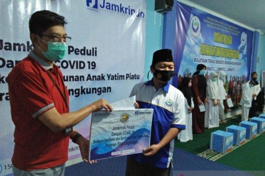 Jamkrindo Tangerang salurkan donasi anak yatim terdampak COVID-19