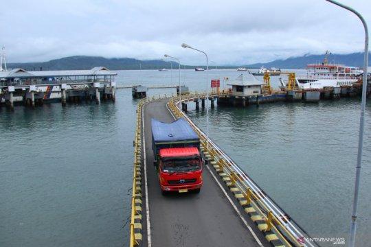 Penyeberangan Pelabuhan Ketapang sepi