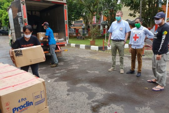 Cegah COVID-19, ICRC distribusi bantuan ke lapas di Jabar dan Banten