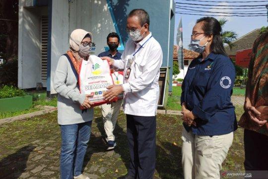 36 ribu paket sembako disalurkan lewat balai-balai Kementerian Sosial