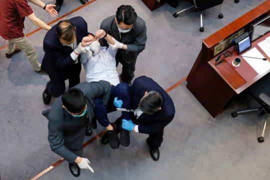 Mantan oposan Hong Kong mundur dari aktivitas politik