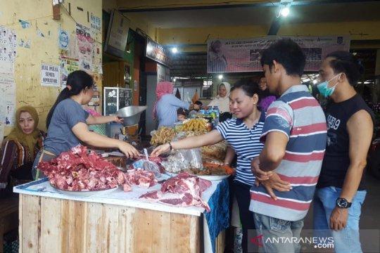 Harga daging sapi di Mataram tembus Rp150 ribu per kilogram