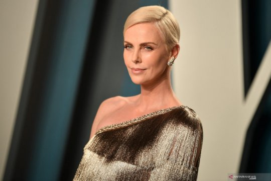 "Charlize Theron cidera saat syuting ""The Old Guard"""
