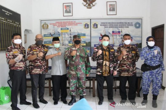 7 kompleks perumahan TNI/Polri dipasok bantuan sembako