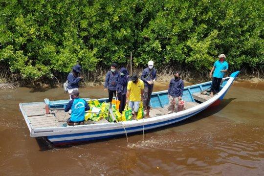 KKP salurkan Sedekah Ikan Ramadhan bagi penggerak konservasi