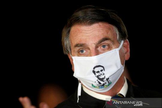 """Presiden Bolsonaro sebut paru-parunya """"bersih"""" setelah tes COVID-19"""