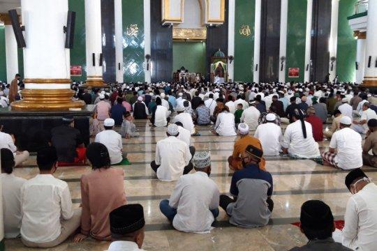 Khatib : Rasullah SAW pernah terapkan physical distancing