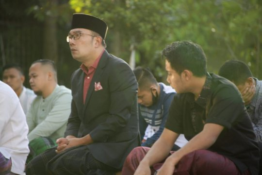 Gubernur Jawa Barat shalat Id di rumah dinas, tidak gelar griya