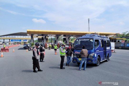 Polda Jabar telah putarbalikkan 72.000 lebih kendaraan pemudik