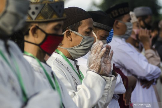 Shalat Id saat pandemi secara aman, lokasi hingga rekomendasi masker