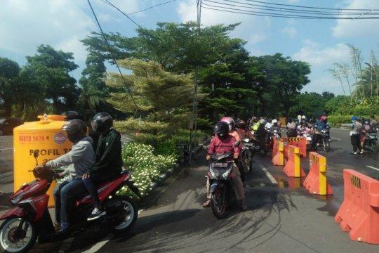 Penjagaan di sejumlah titik di Surabaya-Sidoarjo longgar