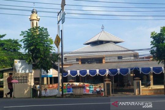 """Sebagian warga Pangkalpinang """"nganggung"""" untuk rayakan Idul Fitri"""