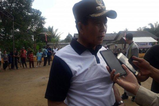 Bupati Bangka Tengah ingatkan kades terkait evaluasi bansos
