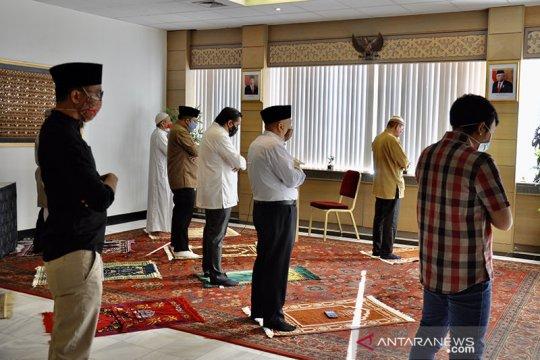 Lebaran  daring   dilakukan Muslim Belgia
