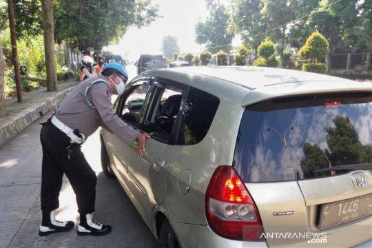 Halau arus balik, Polda Jabar sekat arus lalu lintas ke Jakarta
