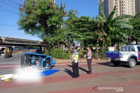 Satu tewas saat tabrakan  Transjakarta dengan Bajaj di Jakarta Utara