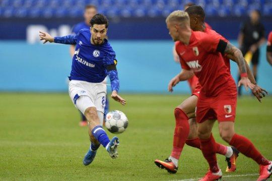 Schalke kehilangan pemain tersuburnya Serdar sampai akhir musim