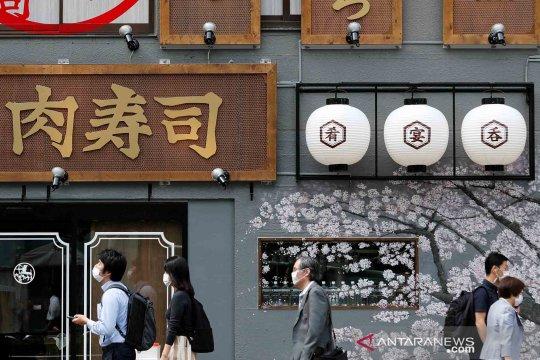 "Warga Jepang hadapi ""normal baru"" usai status darurat corona dicabut"