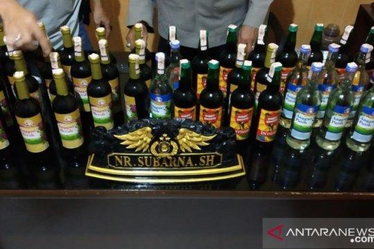 Polisi Sukabumi gagalkan penyelundupan minuman keras