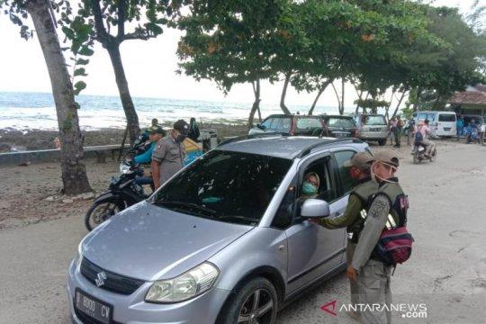 Polisi lakukan penyekatan di jalur wisata Pantai Rancabuaya Garut