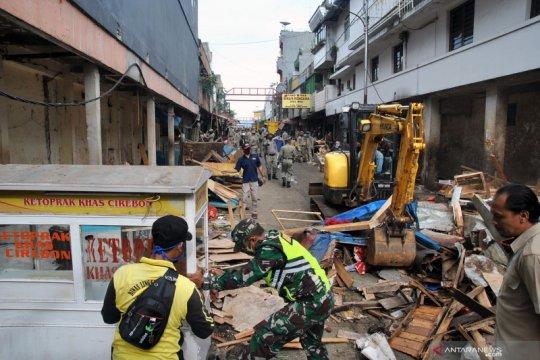 Mau bangun pedestrian, ratusan lapak PKL di Kota Bogor dibongkar aparat