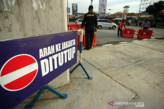 Arus balik H+2, pintu tol arah Jakarta ditutup