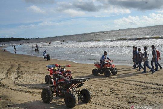 Libur lebaran di Pantai Anyer