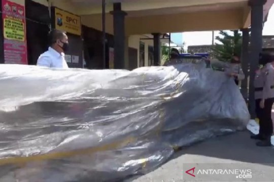 Polres Magetan amankan balon udara nyaris bakar rumah warga