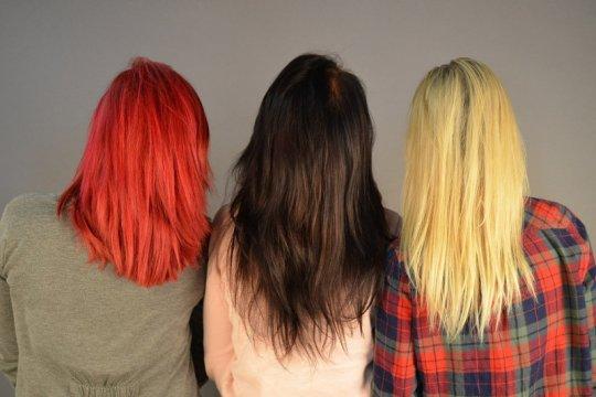 Tips merawat rambut yang diwarnai