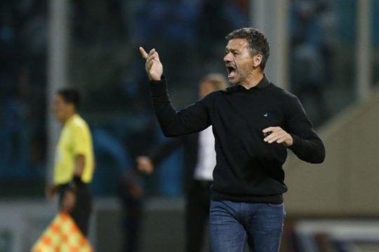 Nelson Vivas pendamping baru Diego Simeone