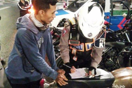 Polda bubarkan 9.327 kerumunan selama PSBB Surabaya dan Malang Raya