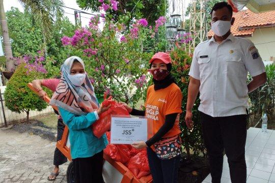 JSS salurkan 715 paket bansos di Pulau Untung Jawa