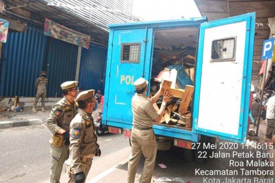 Satpol PP DKI bubarkan pasar di kolong jalan layang Asemka