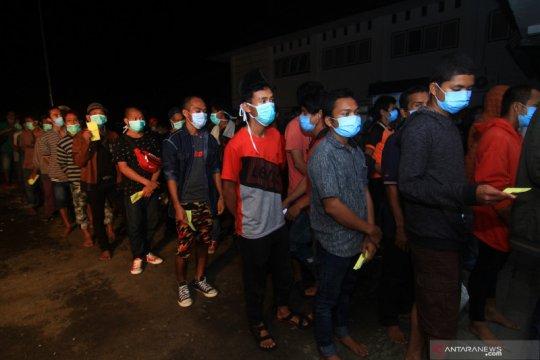 Malaysia deportasi 179 PMI