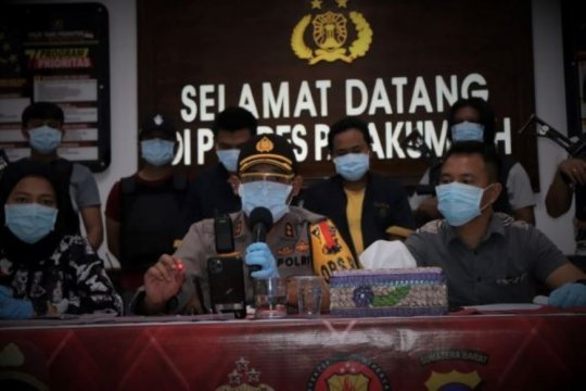 Polres Payakumbuh tangkap dua pelaku penipuan batu merah delima palsu