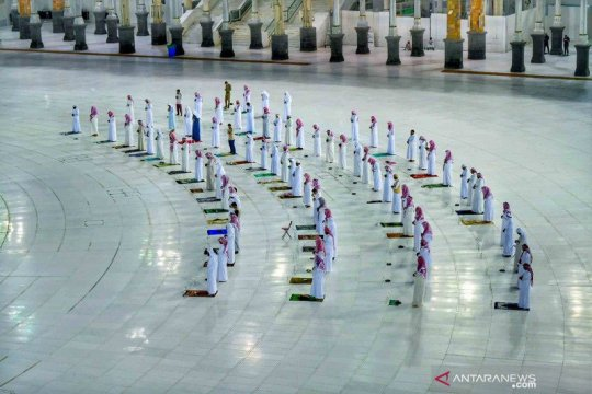 Arab Saudi kembali buka masjid dengan aturan ketat