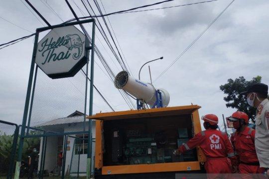 PMI Kota Sukabumi kerahkan gunner spraying cegah penyebaran COVID-19