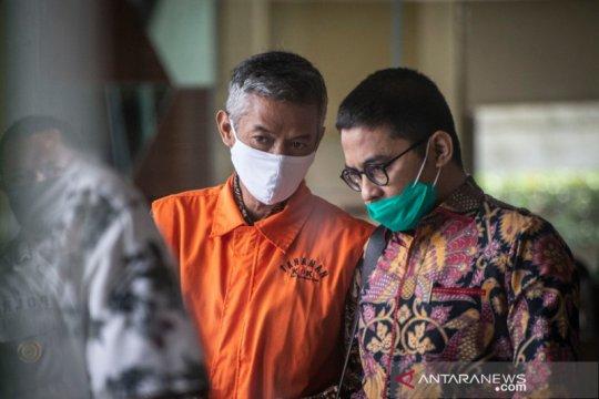 Mantan Komisioner KPU Wahyu Setiawan didakwa terima suap Rp600 juta