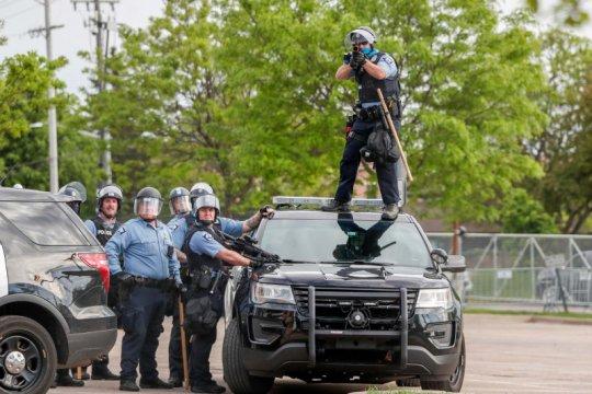 Kepolisian Minneapolis minta maaf kepada keluarga George Floyd