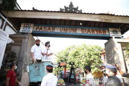 Bupati pimpin langsung pembongkaran pasar Gianyar untuk revitalisasi
