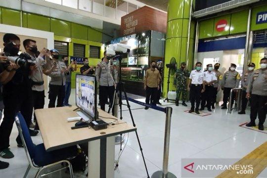 Polda Metro perbanyak petugas di pasar tradisional saat normal baru