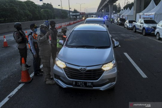 Pengawasan kendaraan masuk Jabodetabek